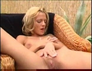 Backyard Pleasure Fm 14 Fingering Sex Toy Pleasure Mobileporn