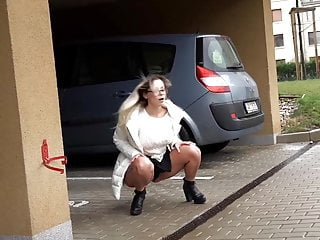 Sexy Blonde Pissing in street