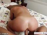 Blonde housewife Mia Lelani gives titjob in POV