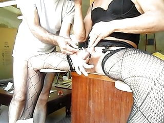 Bdsm with bal for this slut trann...