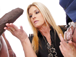 Cougar India Summer time Smashes Tremendous Ebony Cock – Cuckold Periods