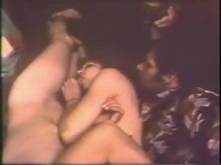 Amateur public glory holes porn