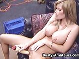 Busty amateur babe Tera masturbating on the couch