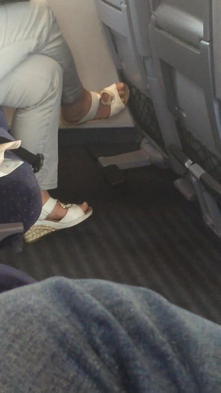 Girls Feet Tied Tickled