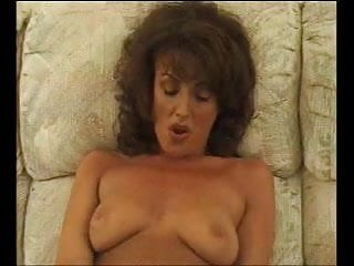 Submitted milf cumming