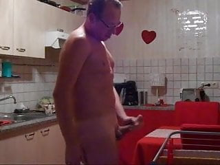 German man wanks in kitchen...