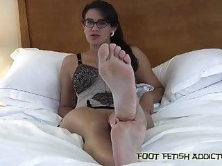 feet N144...