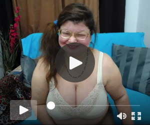 Free Live Sex Chat with SweetMommaX d50