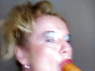 Ilona Deepthroating Sausage