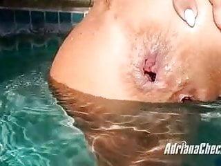 039 underwater fun...