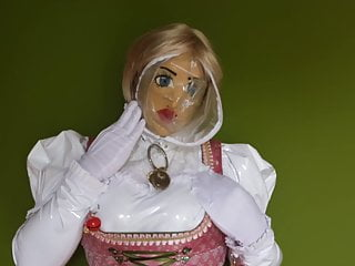 Mask Cum in Shemale Dirndl smells