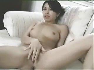 Cute half japanese and white chick hybiskiss suck...
