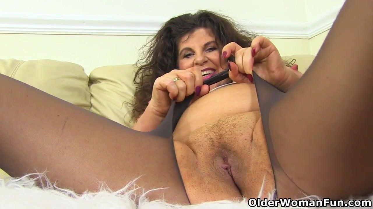 Pantyhose older women Beautiful Mature