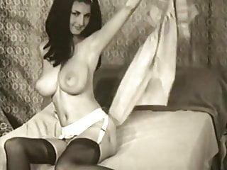 Vintage Big Tits Glamorous Teasing Classics 17