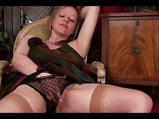 Sophisticated MILF Louise Strips And Plays With Her Pussy