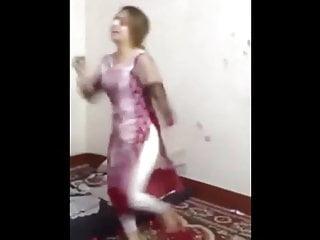 Bangladeshi arabian dancing...
