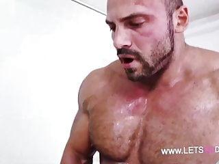 Hottest bi fuck ever...