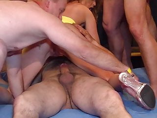 Skinny girl enjoys first Fickparty gangbang