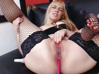 on Miley thaylor Sexy young girl webcam
