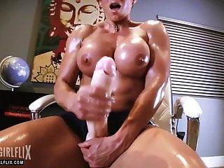 Muscle Girl With Massive Cock Jerk Off Futanari