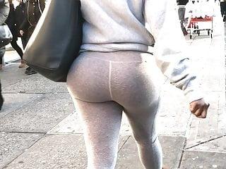 Erotic bubble ass in skinny gray leggings