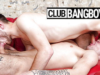 Cock Loving Twinks at ClubBangBoys