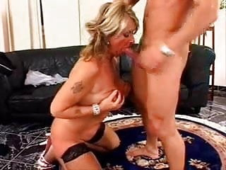 horny mature gets fucked