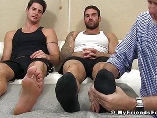 This mature perv is worshiping man whore...