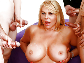 Big Tits Mature Barista Karen Fisher Gets Gangbanged