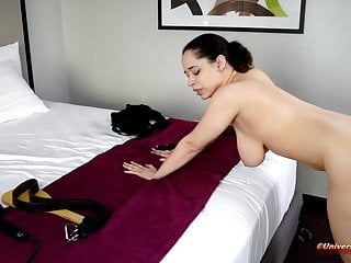 The Ache of the Strap! – Spanking