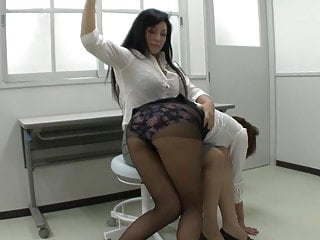 Femdom Spanking Big Ass video: the lesson for the teacher