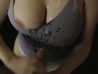 likes cum