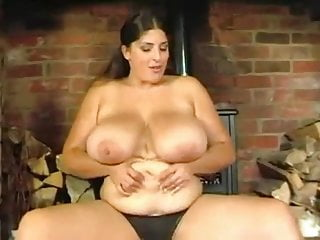 Chubby Brunette Ex Girlfriend showing big Boobs on Cam