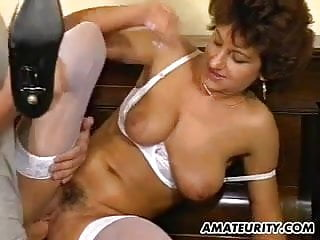 Mature amateur wife with cum...