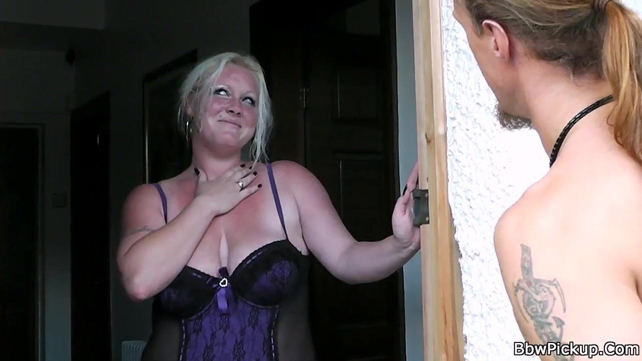 Tiny Blonde Pov Creampie