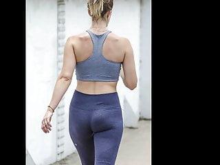 Athletic Hottie in Tight Spandex Leggings