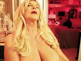 Anneke squirting...