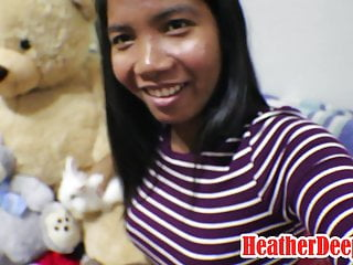 10 Weeks Pregnant Thai Sexy teen Heather Hard offers bj
