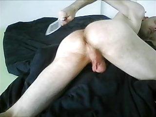Dude self spanking his ass...