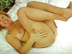 Stvarni Shy Uk Supruga I Rsquos Prvi Porno