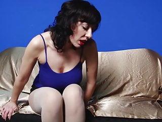 Hot milf masturbates in panythose...