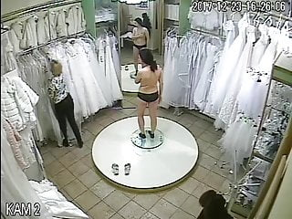 spy camera in the salon of wedding dresses 3(sorry no sound)