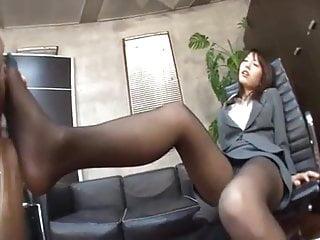 Asian Kissing Pantyhose video: OL japanese worshipped