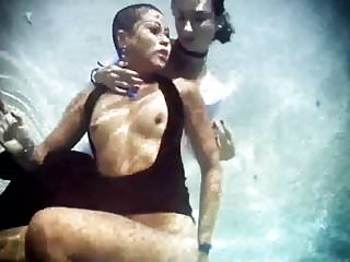 Lesbians Underwater