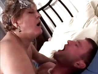 HUNGARIAN BBW GRANNY LOTTA NOLETTY AS CLEANING LADY