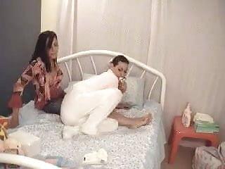 Alana takes Angelina's RT 1