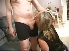 Hot Wife Roberta 15