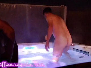 Hot Tub Fun With Paisley Price