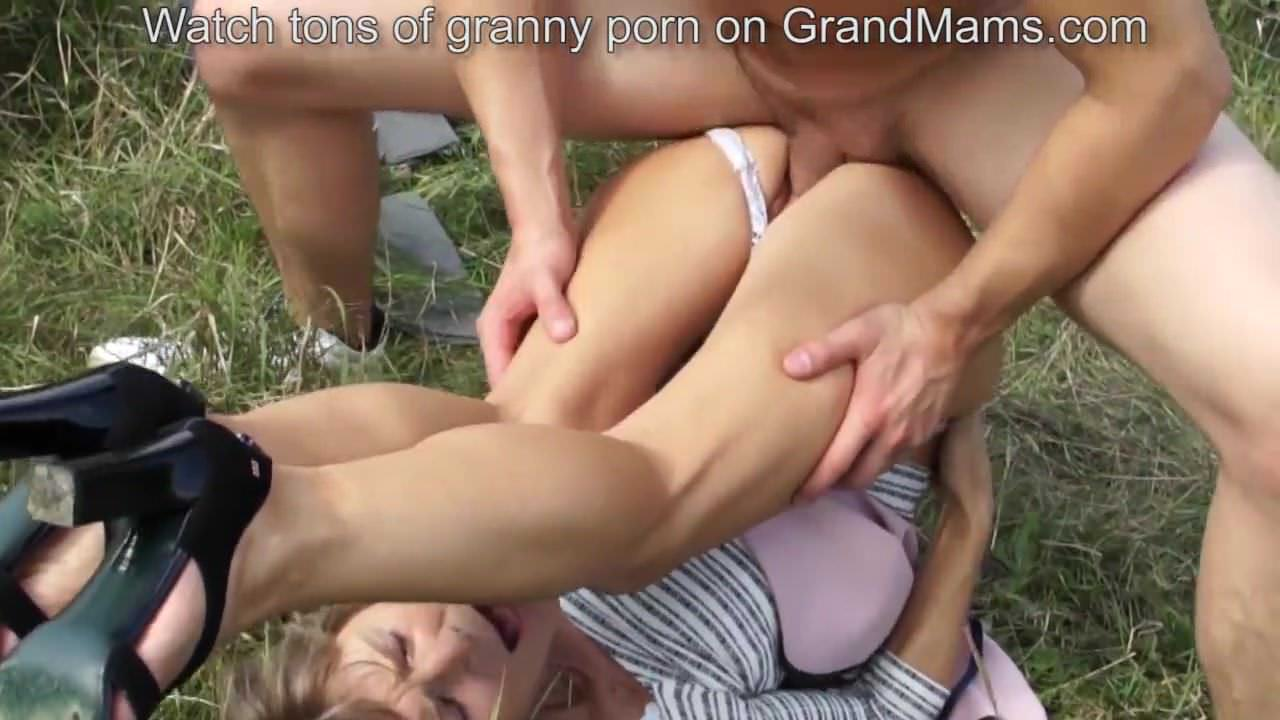 First lesbian threesome story