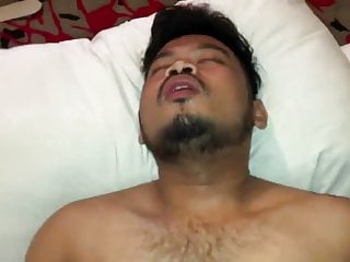 Rifaiju – Botty gempal hairy ganteng (Part 2)